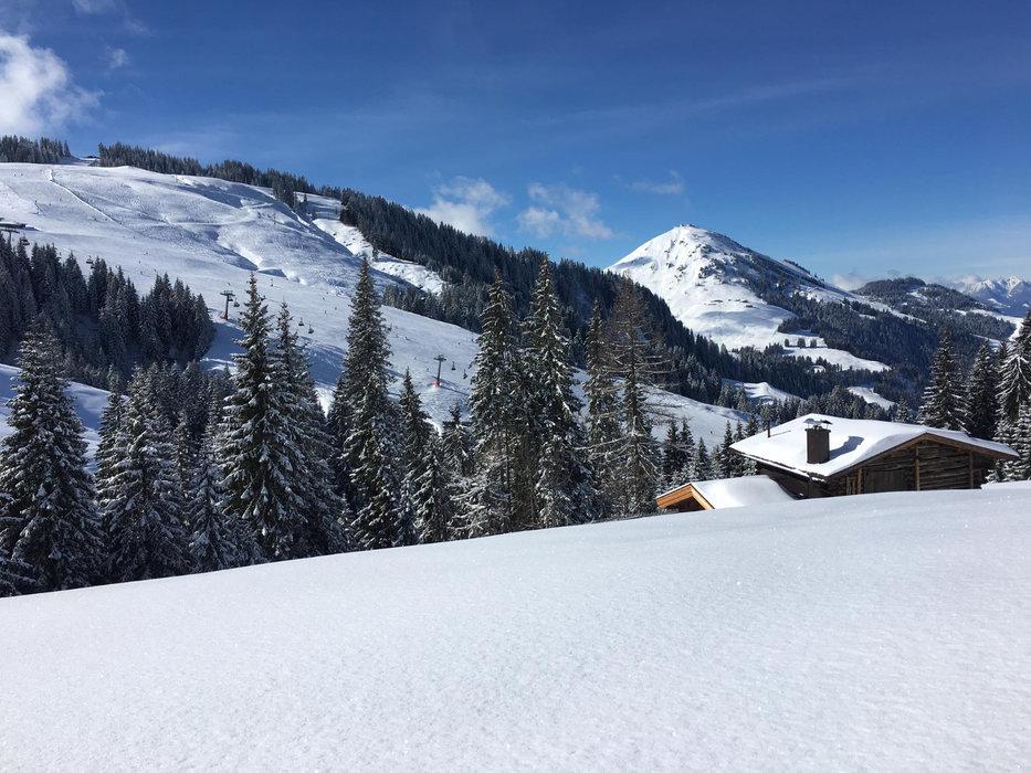 Sonne und Neuschnee am 08. März in der SkiWelt Wilder Kaiser Brixental - ©Facebook SkiWelt Wilder Kaiser Brixental