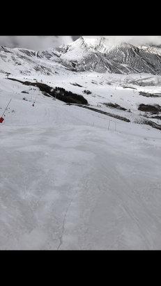 La Toussuire - tombé 20cm de neige fraîche le dimanche 26 Mars 2017  - ©iPhone