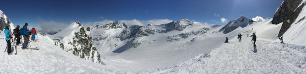 Whistler Blackcomb - Fabulous day - bluebird with powder  - ©Alastair's Apple Phone