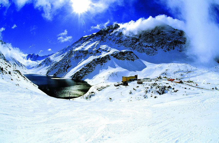 Escape the masses at Portillo Ski Resort in Chile - ©Andes Ski Tours