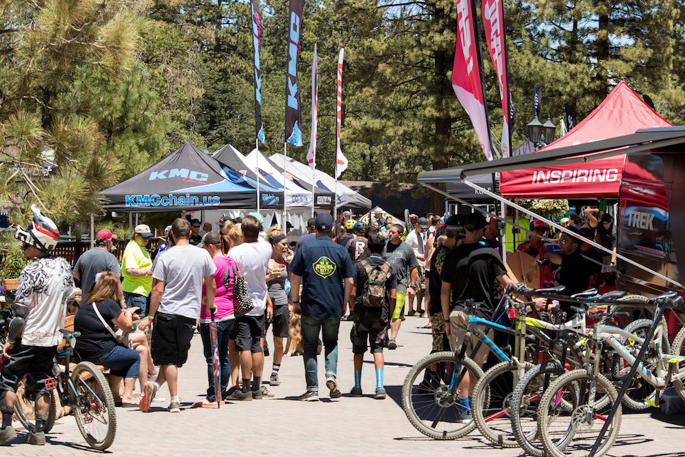 Crafts and Cranks is an annual craft beer tasting fest and mountain bike race that includes live music and carnival rides. - ©Snow Summit