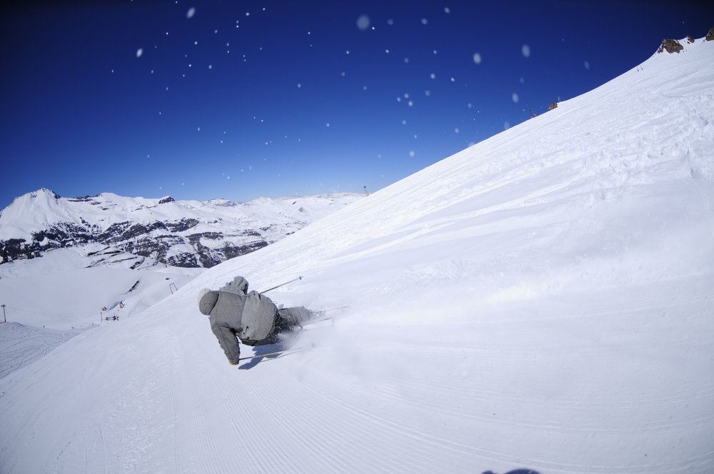 Skier at El Colorado, Chile. Copyright: El Colorado Tourism