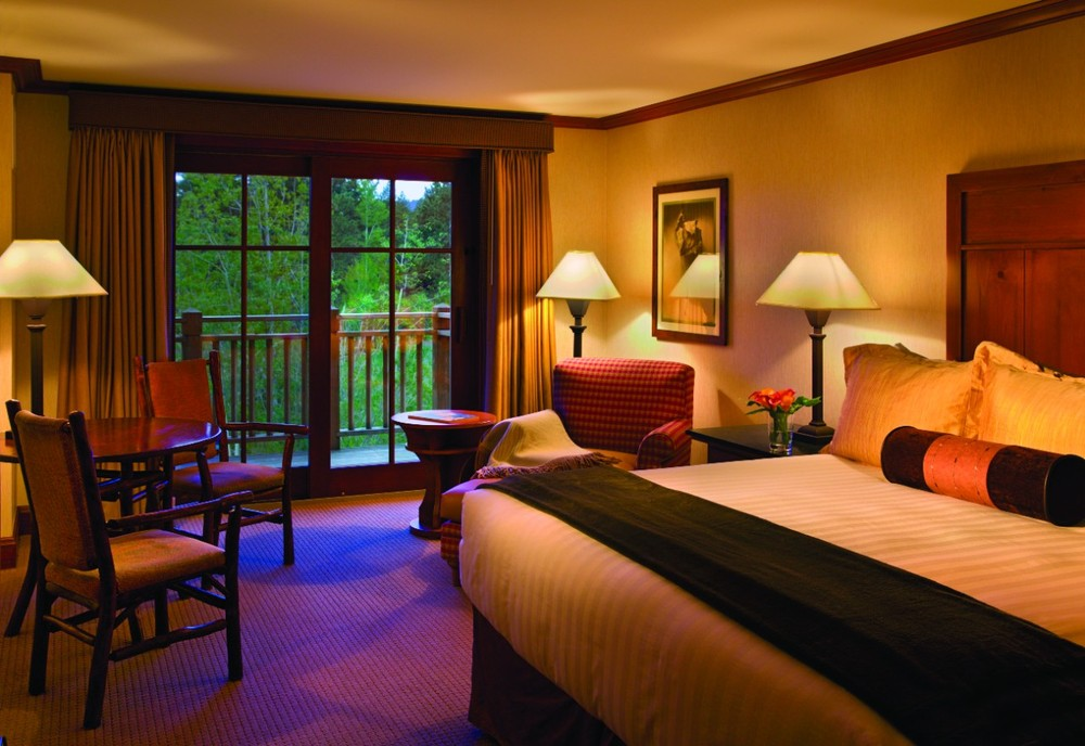 Guest room at the Hyatt Hyatt Regency Lake Tahoe Resort - ©Hyatt Hotels
