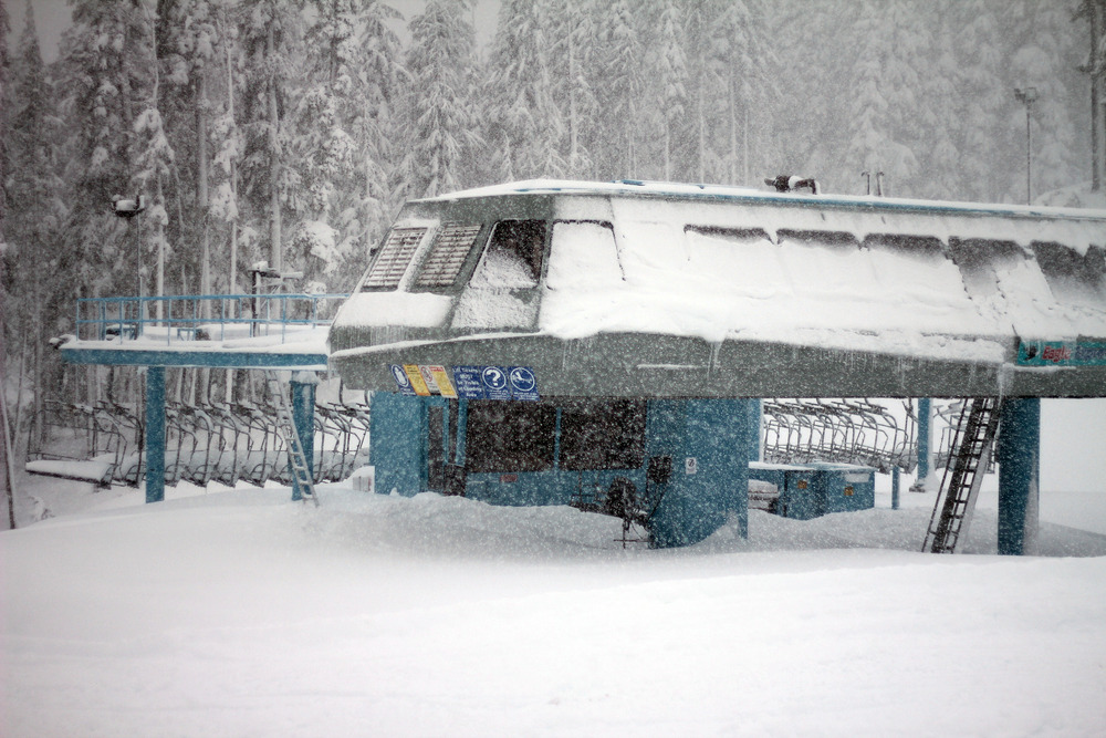 A lift sits ready with early season snowfall at Mt. Washington. Photo courtesy of Mt. Washington Alpine Resort.