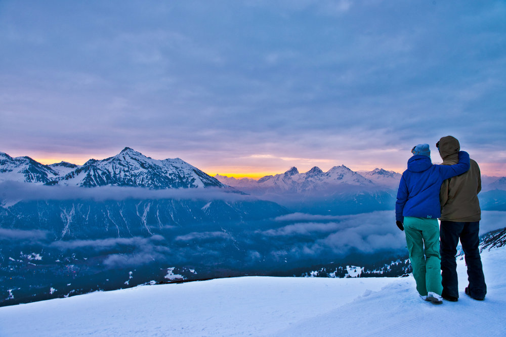 A couple of early birds at the start of a new day in Lenzerheide