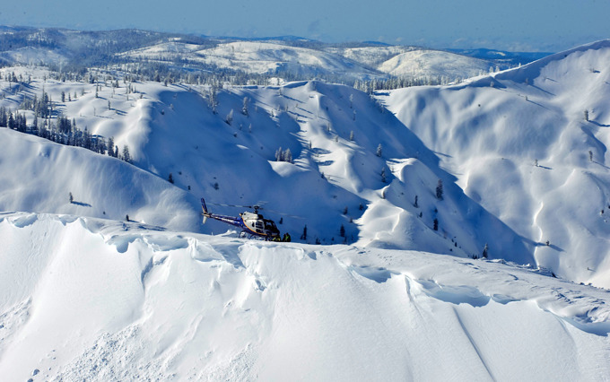 Photo Courtesy Pacific Crest Heli-Guides
