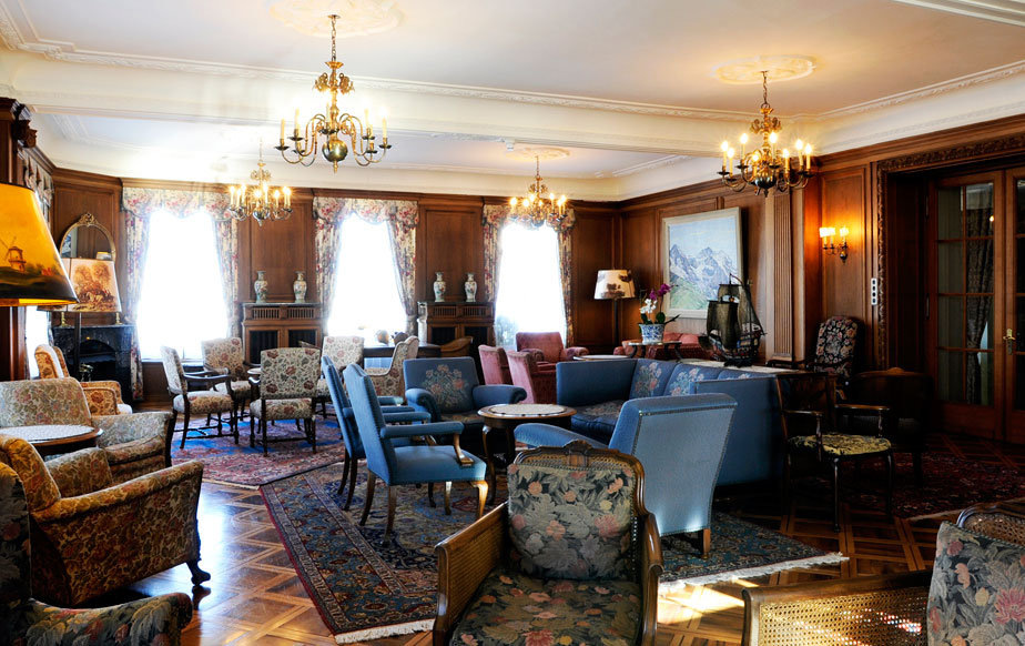 Grand lounge at Hotel Bellevue des Alps, Engelberg