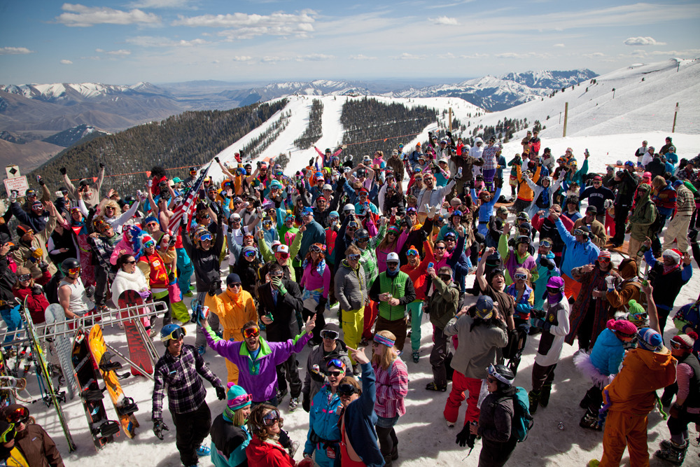 Skiers crowd the summit at Sun Valley for Solfest APRES competition. Photo by Mark Oliver, courtesy of Visit Sun Valley.