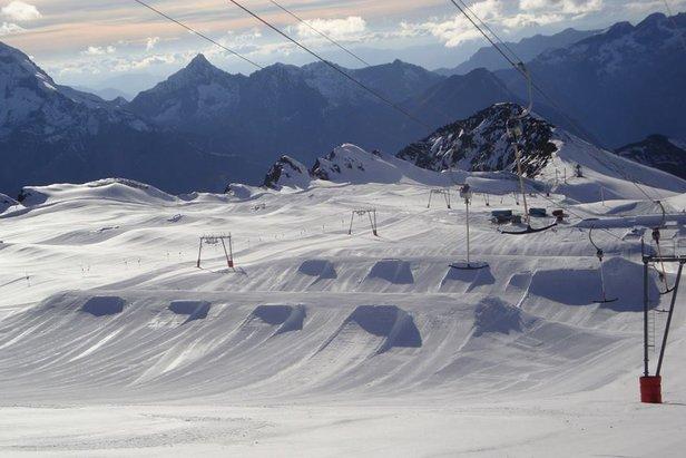 Les 2 Alpes glacier, Oct. 26, 2013 - ©Les 2 Alpes
