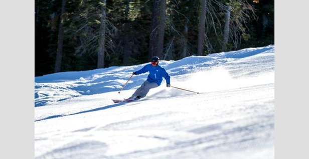 Skier enjoying the groomers at Northstar California