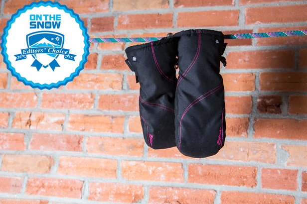 2015 women's gloves/mittens Editors' Choice: Seirus HeatWave MsBehave Mitt - ©Liam Doran