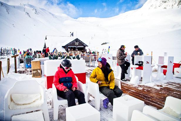 F rmigal photos de la station pause d tente en terrasse d 39 un resto d 3 - Restaurant d altitude chamrousse ...
