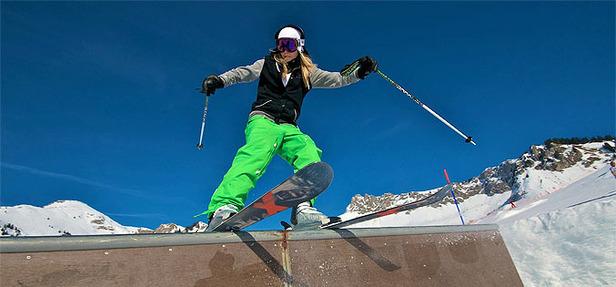(generique) - Ski freestyle (photo Romain Rousset) - ©Romain Rousset