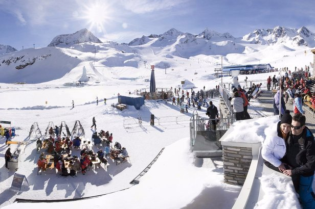 Skifahren im Frühling 2017: Angebote am Stubaier Gletscher - ©Stubaier Gletscher
