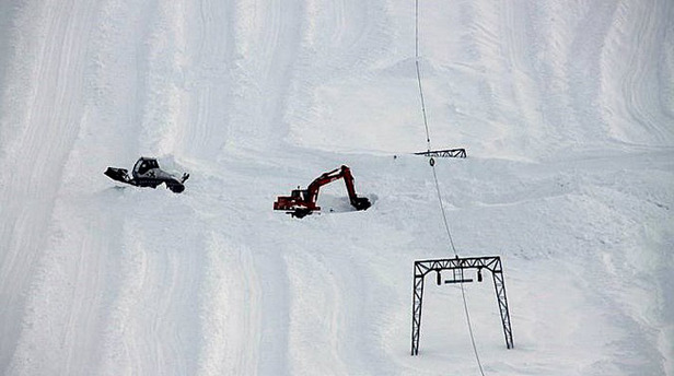 Folgefonna - Mars 2011 9 m snø ved mast Jan Petter Svendal 677px