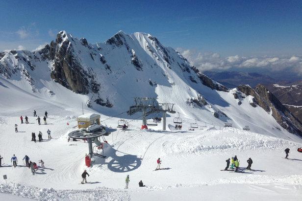 ski avril Gourette - ©Facebook Domaine Skiable de Gourette