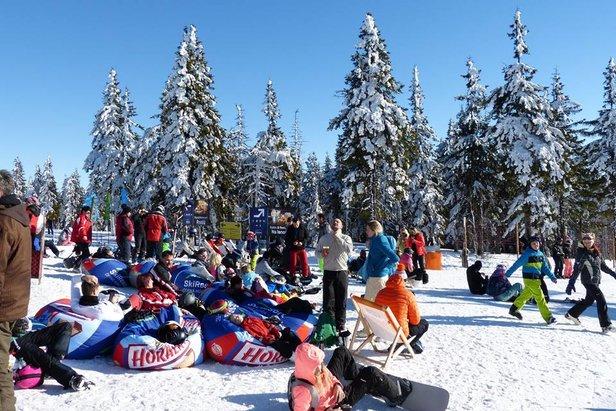 Sněhové zpravodajství: Víkend přinese další sníh do Alp - ©SkiResort Černá hora - Pec / facebook