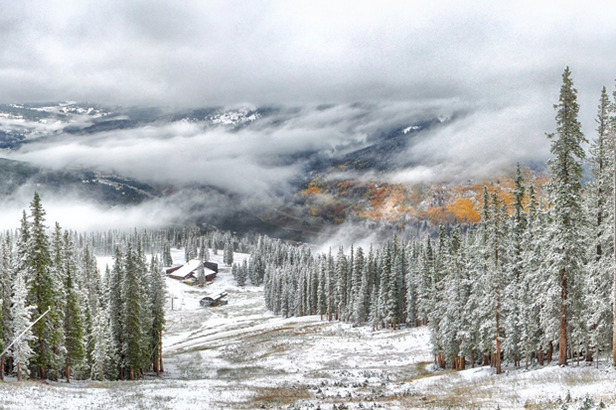 Snowfall early in the morning on Copper Mountain