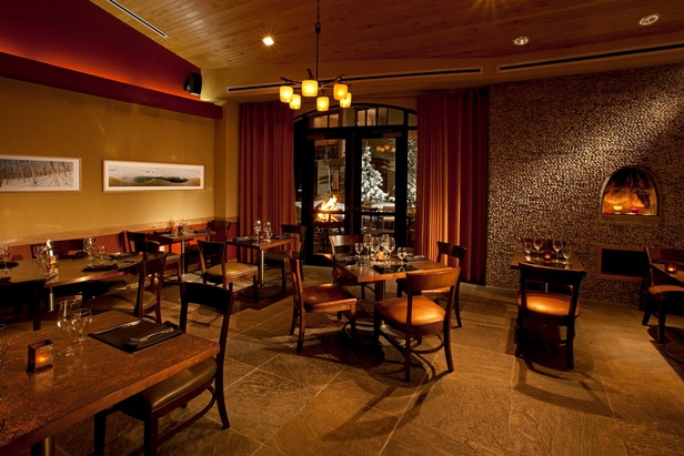 The Blonde Bear Tavern offers luxury dining in the bottom floor of the Edelweiss Lodge & Spa. - ©Edelweiss Lodge & Spa