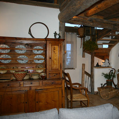 Living area in Chalet Chardonneret. Courtesy French Mountain Property