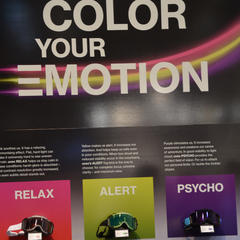 Uvex Color your Motion - ©Skiinfo