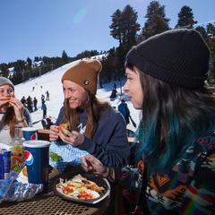 Laid back spring skiing - ©Big Bear Mountain Resort