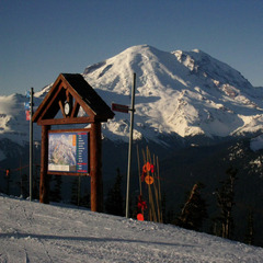 Mt Rainier at Crystal Mtn WA - ©Becky Lomax