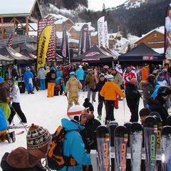 Les sessions de test de skis sont l'occasion idéale pour choisir votre prochaine paire de skis - ©Ski-Test-Tour-2012