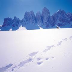 Magia invernale ai piedi delle Dolomiti in Val di Funes - © Consorzio Turistico Valle Isarco