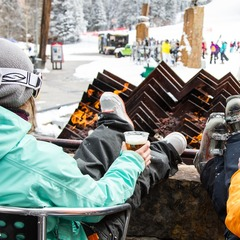 Burning Stones Plaza for apres ski.