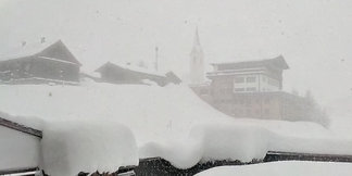 Sneeuwbericht: Hoezo lente? Massa's verse sneeuw in de Alpen ©Facebook Warth-Schröcken