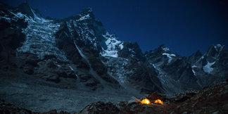 Siegrist, Huber und Zanker eröffnen neue Route am Cerro Kishtwar  - ©Timeline Productions