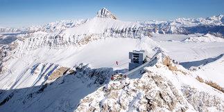 Weekly snow report: Top 50 ski resorts ©© Glacier3000
