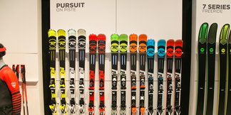 ISPO trendy: Toto sú nové lyže na sezónu 2018/2019 ©Skiinfo | Sebastian Lindemeyer