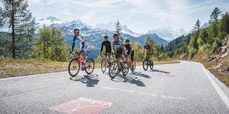 Zwitserland focust deze zomer op de fietstoerist ©swiss-image.ch/Andre Meier
