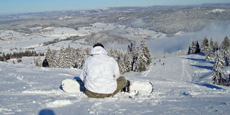 S'initier aux sports olympiques dans les Montagnes du Jura ©Bourgogne-Franche-Comté Tourisme