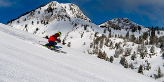 Utah Visitors Guide: What to do Every Month of Ski Season ©Lee Cohen