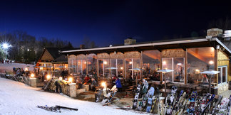 Aprés Ski Bar: The Historic Stone Chalet, Granite Peak, Wisconsin ©Mark Krambs