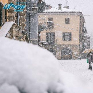 La prima neve sulle Alpi italiane! - © Limone Riserva Bianca Facebook
