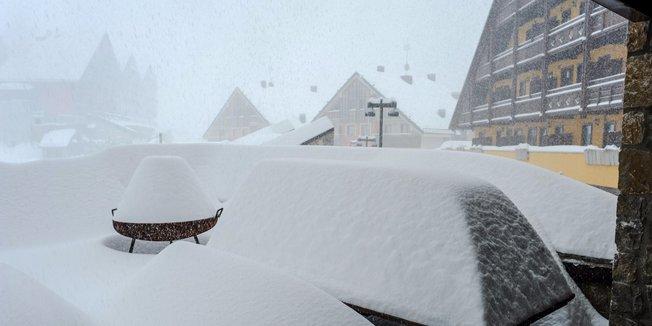 La prima neve di Dicembre in Italia (1-2-3 Dicembre) - © Ph: Sergio Bolla per Prato Nevoso Ski Facebook