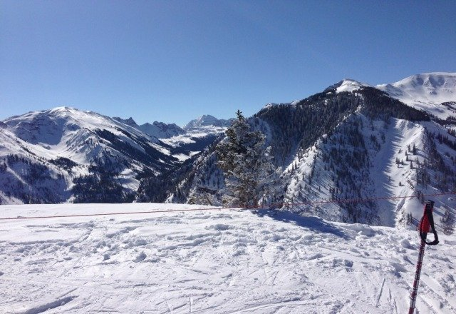 Perfect bluebird day at snowmass with plenty of stashes.