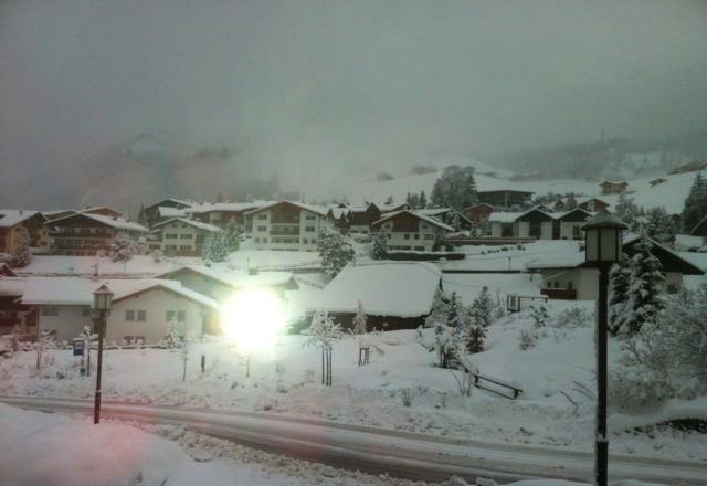 15cm of snow overnight. Beautiful powder today ????