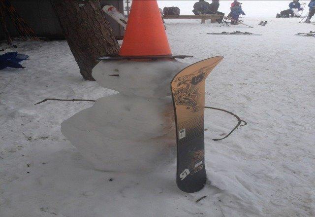 Friendly snowboarder at Bnut