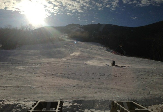 Good day 22 rides on the Zoomer chair. Need lots more snow making!
