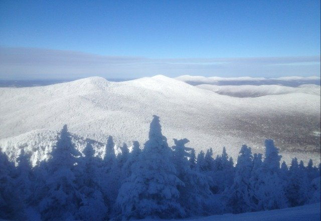 Rode Jan. 3rd, was a good day. Snow was good, not crowded. Morning was bluebird, Jay cloud moved in later.