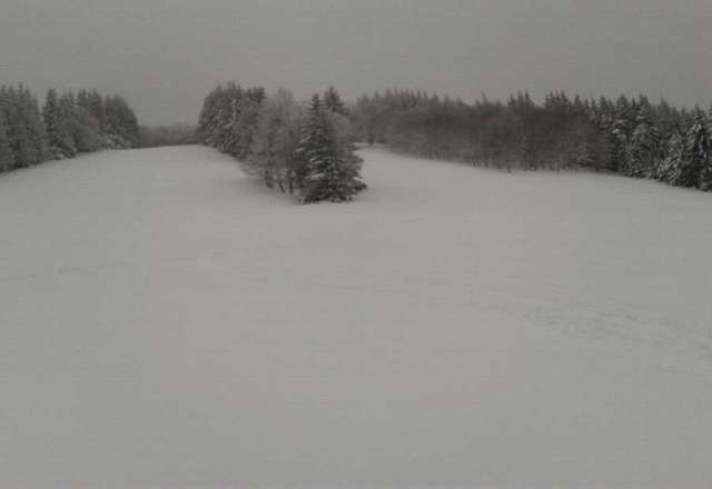 went yesterday and got to hit up the third meadow which had zero tracks for two days epic pow