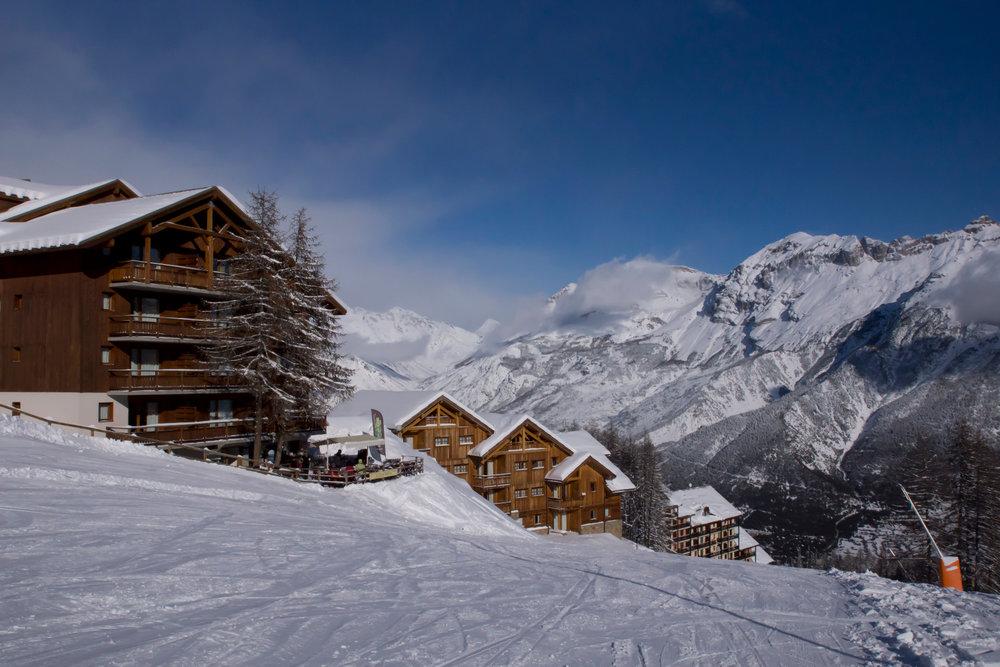 Puy St Vincent et ses résidences accessibles skis aux pieds - © Rogier Van Rijn