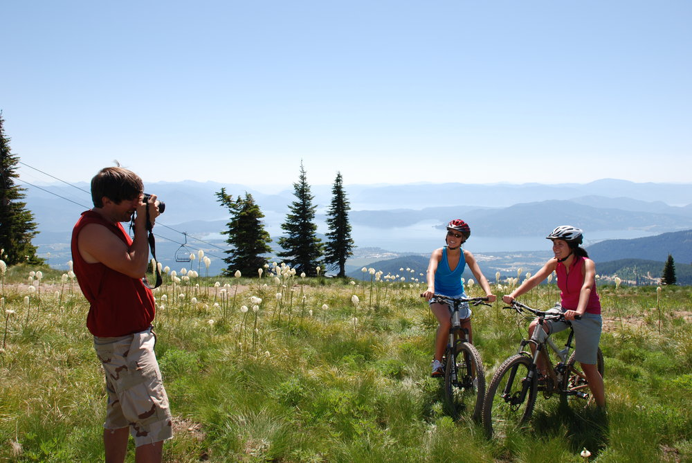 Mountain bike riding in Schweitzer Mountain, Idaho