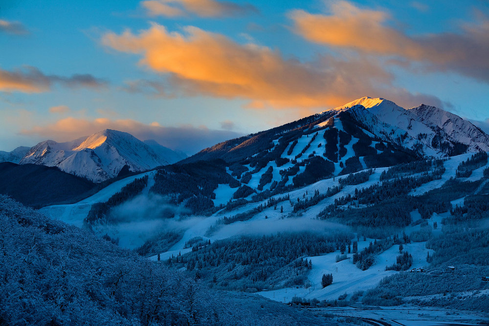 Another fall storm hit Aspen/Snowmass, delivering up to 10 inches of fresh snowfall on the upper slopes of the four area mountains. - © Jeremy Swanson