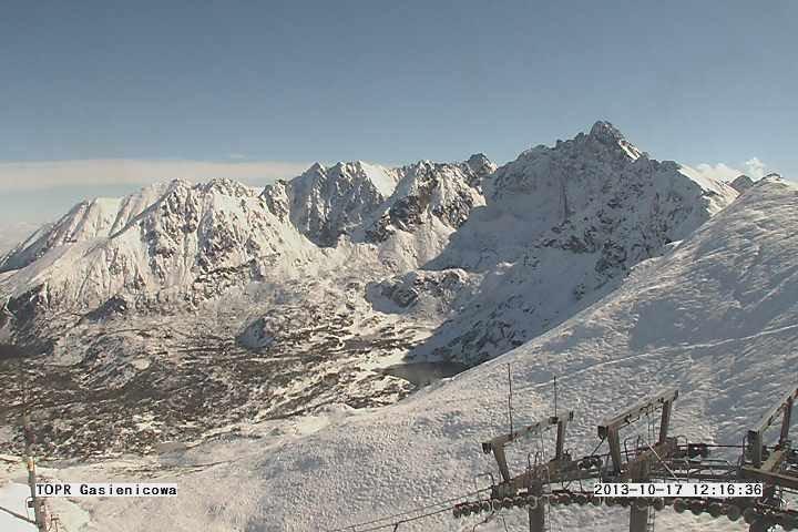 Snow in Tatra Mountains - 17.10.2013 - © Polskie Koleje Linowe